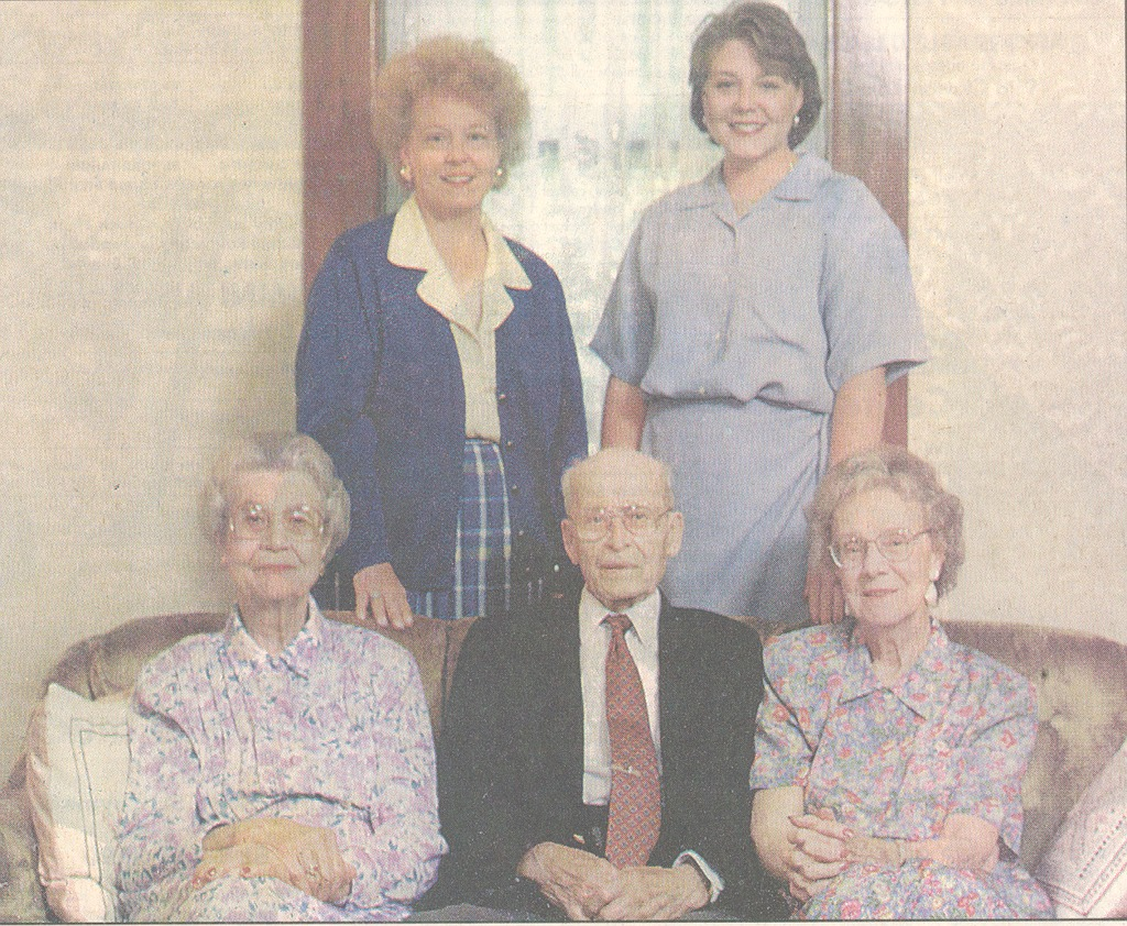 Kasting family - Tribune photo - 9/2/98. L-R: Opal Kasting, Omer Trimpe, and Thelma Kasting Trimpe. 2nd row: Mary Elisabeth Kasting, Anne Keller.