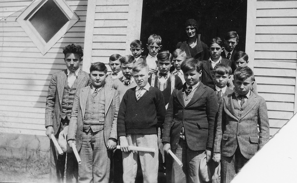 Freetown School picture, ca 1933, names listed are: Madge Bebout, Donald Lucas, Thelma ?, Ray Burnside, Mildred Fish, and Bud Cornett. May Hayes (teacher), Doyle Imel, Roy and Fennel Rudolph, Halford McKain, Carl Spurgeon, Donald Lucas, Robert Wilson, Clayton Scott, Melvin Spurgeon, Russell Huber, Clarence Spurgeon, Carl Carmichael, and Ralph McKain. - from Winfred (Bud) Cornett, bw 3.74x2.30