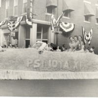 Psi Iota Float, June 28, 1952, Pictured are Joan Thomas, Mrs. Tom Steinwedel, Miss Helen Day. - from Joan Conner Bald, bw 3.5 x 3.5