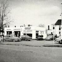 George's Gulf Service Station.jpg