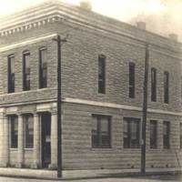 First National Bank at the southwest corner of Chestnut and Second Streets